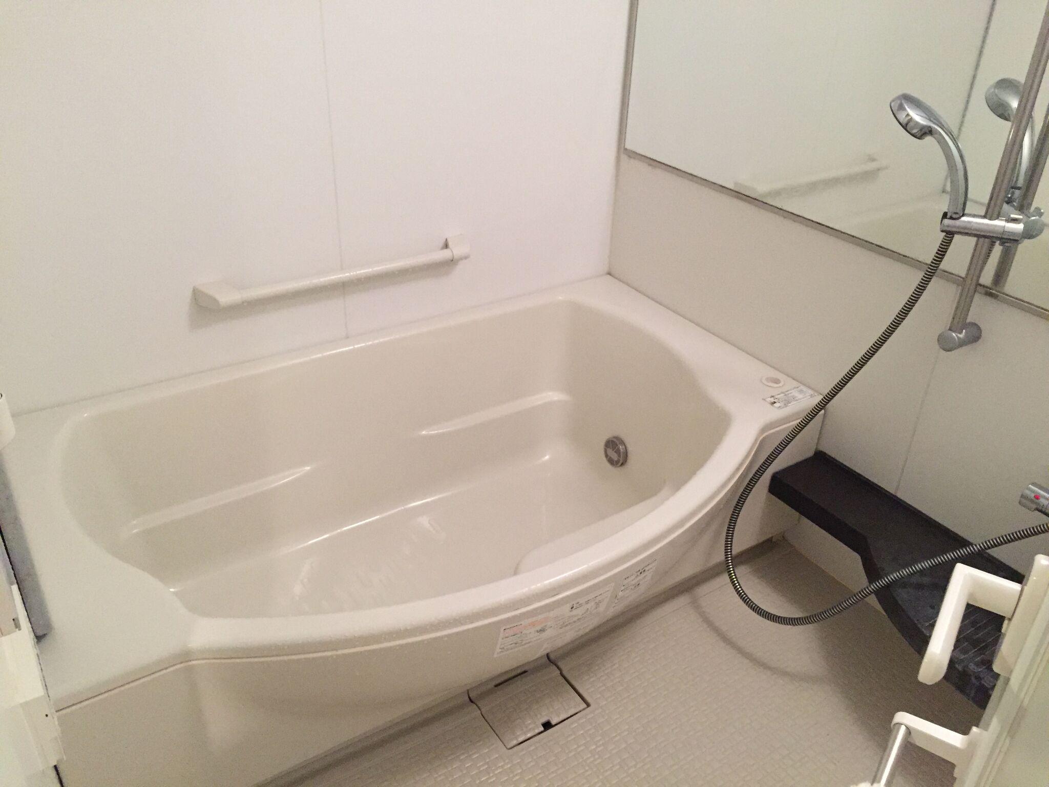 お風呂上がりにお風呂掃除。スッキリした気持ちで眠れます。