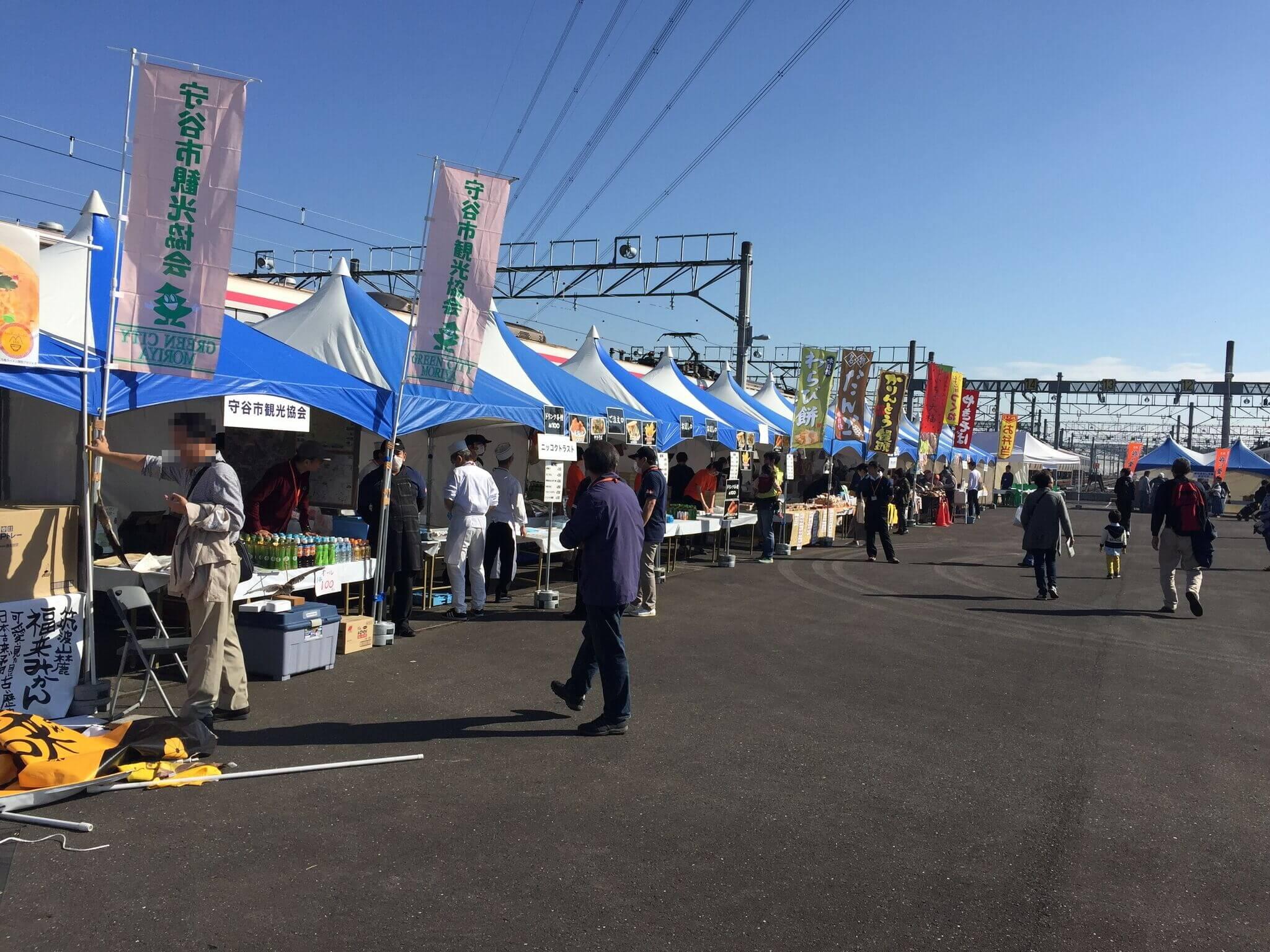 出店もたくさん!富士宮焼きそばや串焼き類、飲み物もたくさんありました。